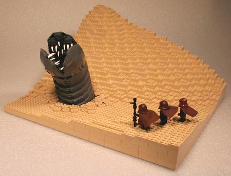 lego_dune_sandworm_210